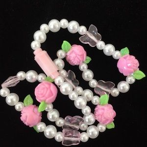 Faux Pearl & 3D Roses & crystal Butterfly Necklace